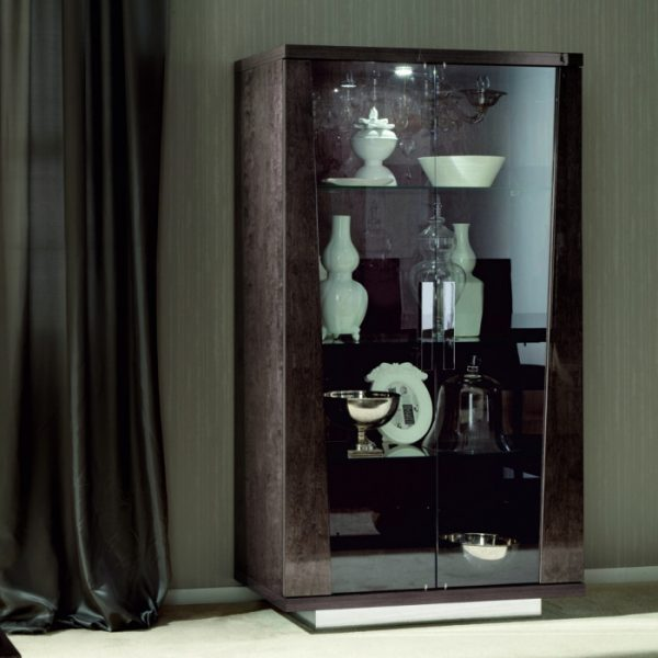 Eva Glass Vitrine in High Gloss, by Mobili Domani