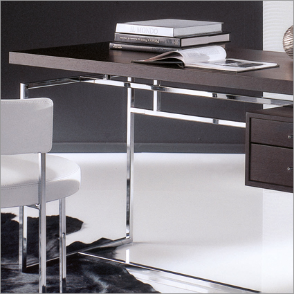 Porada Papiro Office Desk, by W. Mandelli & W. Selva