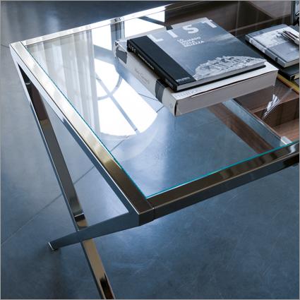 Porada Stylo Office Desk, by T. Colzani