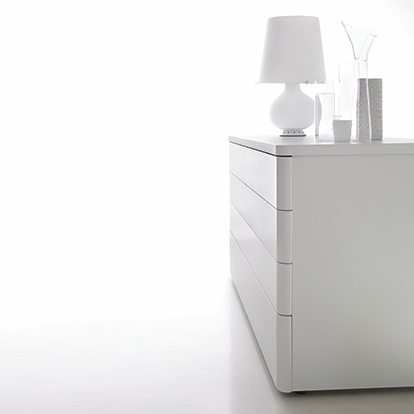 Mobili Domani Dolcevita Chest of Drawers, 4 Drawers